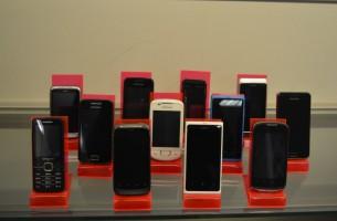 Mobilieji telefonai nuo 20 iki 40 Eur.