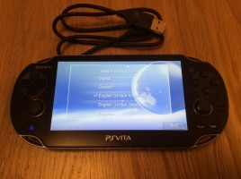 PLAYSTATION VITA 1004